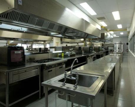 全厨通教大家如何进行厨房设备维修和保养
