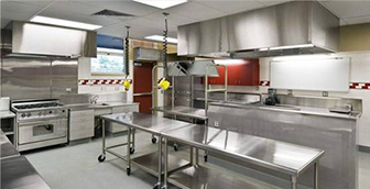 使用不锈钢厨具的预防措施